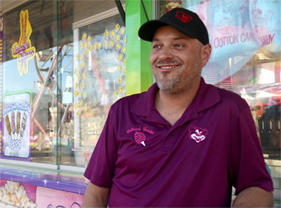 Carnival Workers Find Joy in Their Jobs
