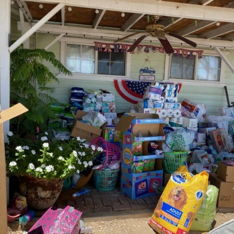 Community Overwhelms Donation Center in Niland
